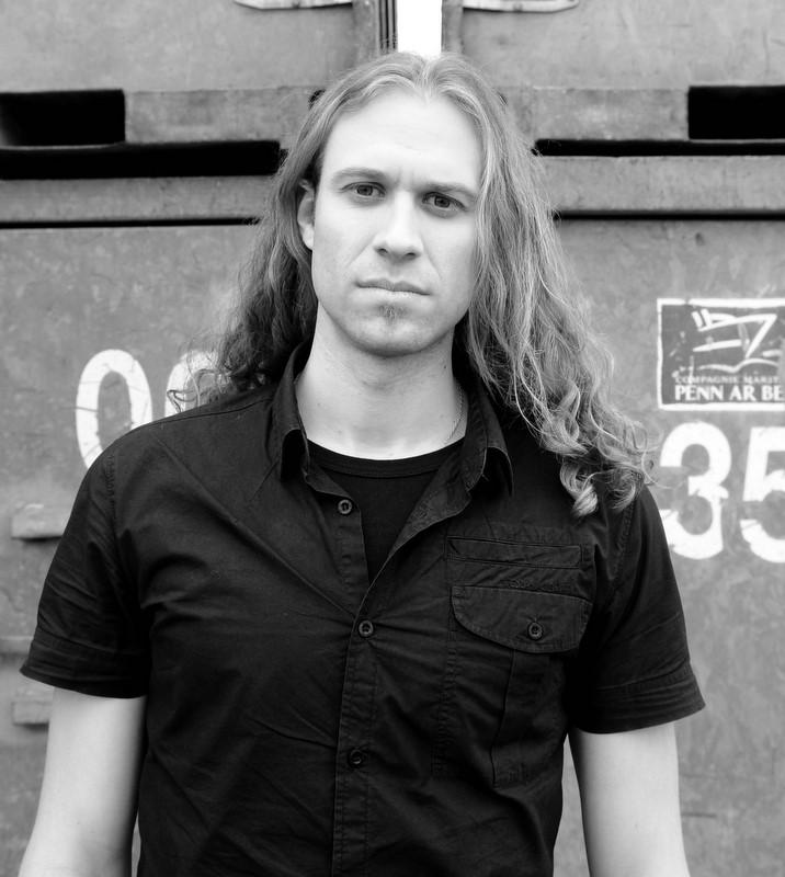 Emmanuel Creis Equinox Singer Inophis